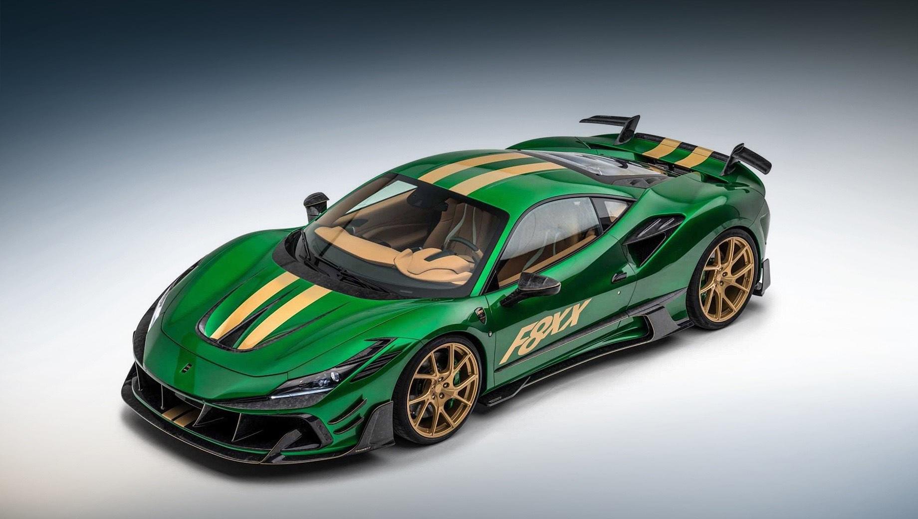 Ferrari f8 tributo. Изменения во внешности — колоссальные! От донора Mansory F8XX отличается иными бамперами, передними крыльями, крышками багажника и двигателя, порогами и корпусами боковых зеркал. Вместо аккуратного выдвигающегося спойлера — два небольших антикрыла.