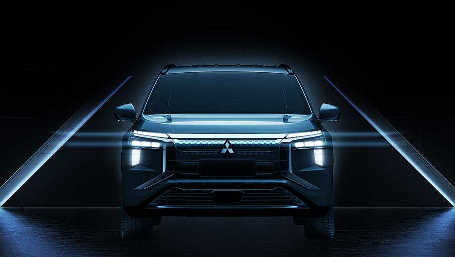 Mitsubishi airtrek. Анфас эта модель вполне укладывается в стилистику последних собратьев по бренду, от крохотного eK до Делики. А ещё оптика подозрительно похожа на фары концепта Mitsubishi Mi-Tech 2019 года.