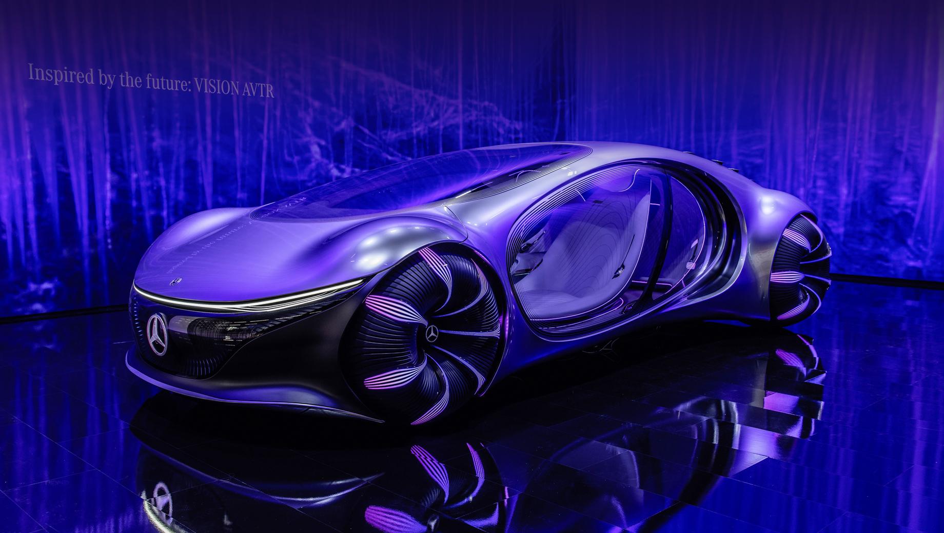 Mercedes vision avtr,Mercedes concept. Впервые показанный на выставке CES в Лас-Вегасе концепт представил не только футуристичный дизайн, но и передовую органическую батарею на основе графена (110 кВт•ч), дающую запас хода более 700 км. В движение аппарат приводят четыре электромотора с суммарной мощностью 350 кВт (476 л.с.).
