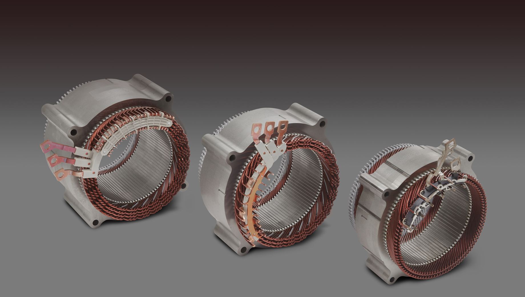 Gmc hummer ev,Chevrolet corvette,Chevrolet corvette zr1. Три базовых мотора Ultium (тут показаны их статоры) имеют общие черты в конструкции, сходные инструменты и линии для производства.